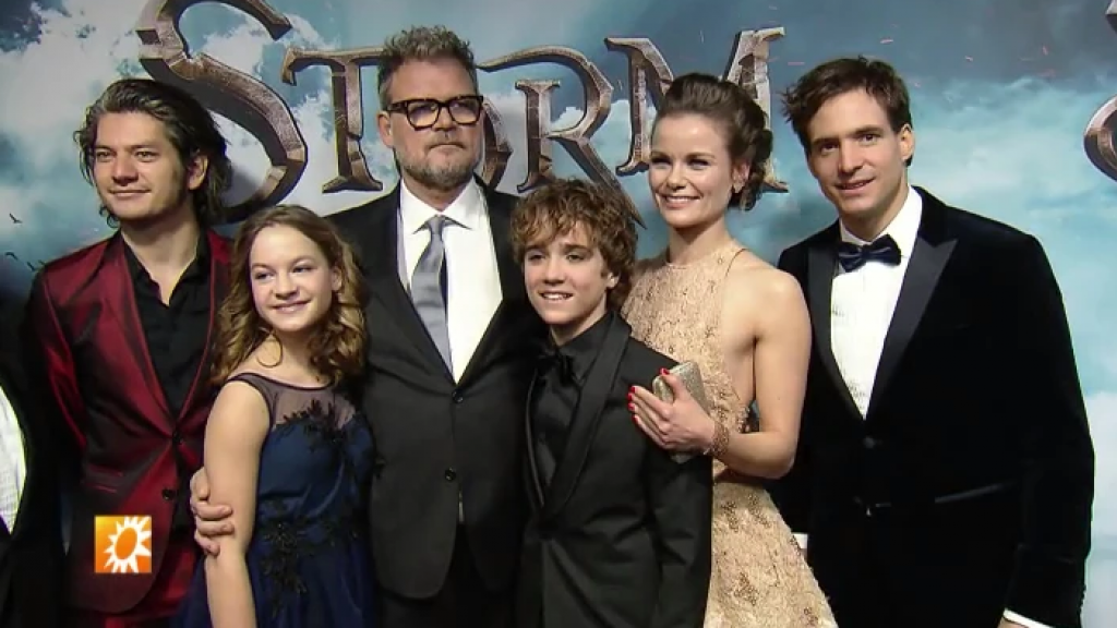 Acteurs trotseren kou voor premiere Storm