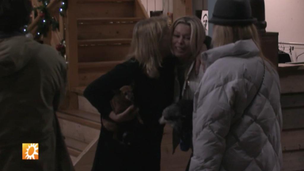 Bridget Maasland herenigt Utopia-José met hondjes