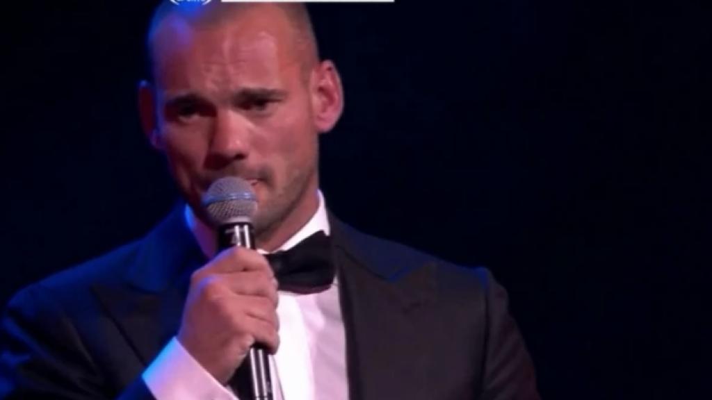 Wesley Sneijder maakt een einde aan alle relatiegeruchten