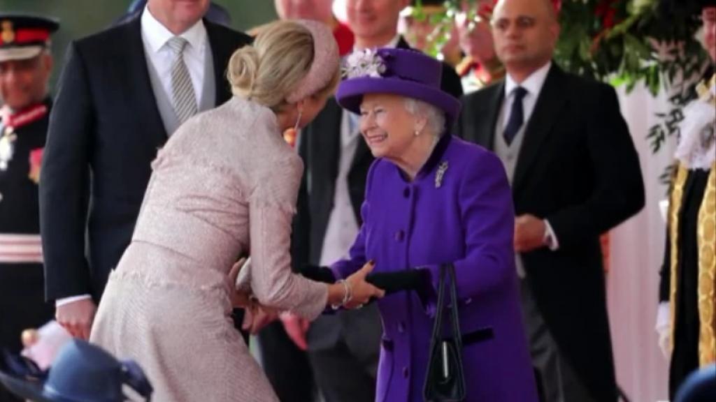 Prachtige jurken en juwelen tijdens het staatsbezoek aan de Queen