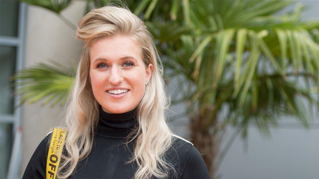 Britt Dekker: 'Leuk om een keer te trouwen'
