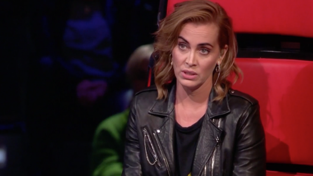 Anouk Does Not Take A Sheet In The Voice