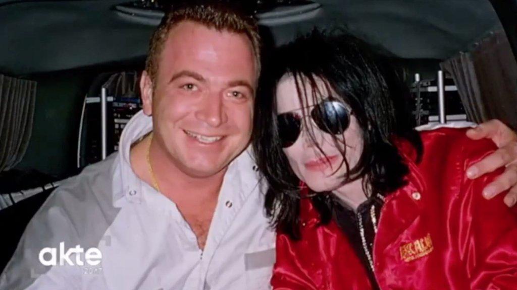 Thomas Käpelli met Michael Jackson