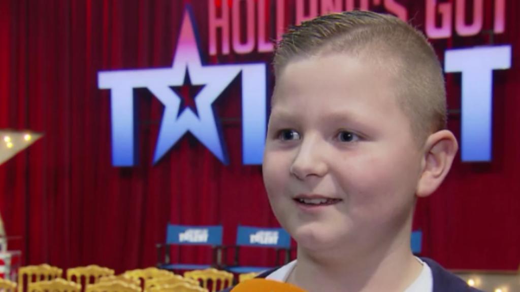 10-jarige Pietje kan niet wachten om zijn act te laten zien