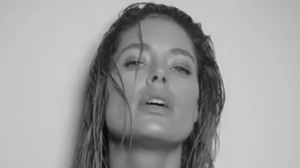 Doutzen Kroes krijgt bakken met kritiek na sexy video