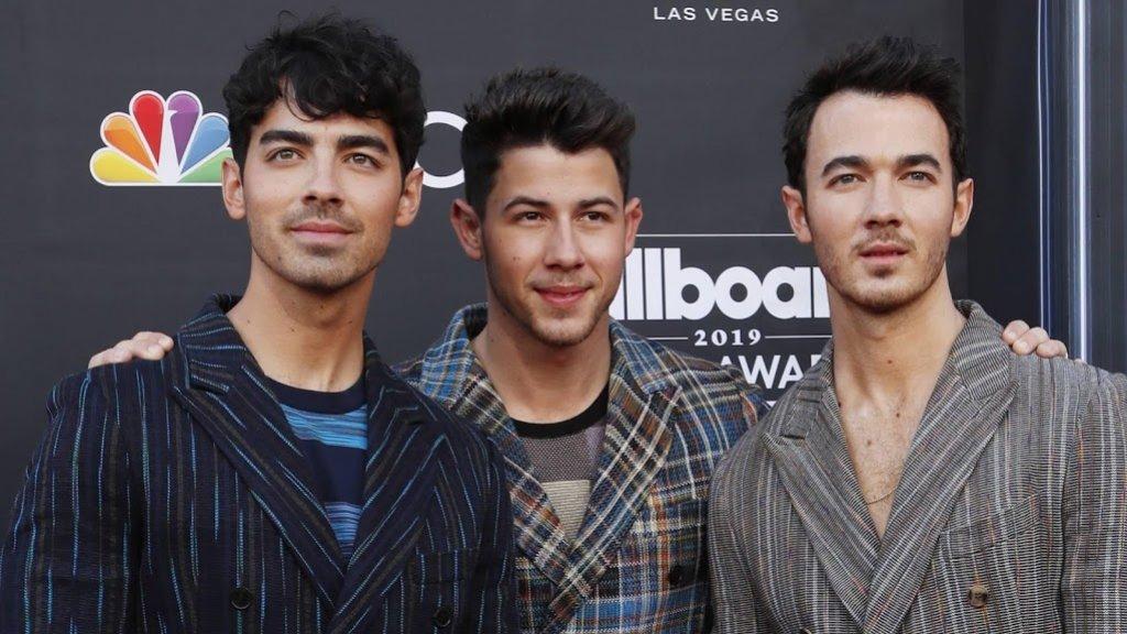 Joe Jonas nu uit wereldwijd dating agency