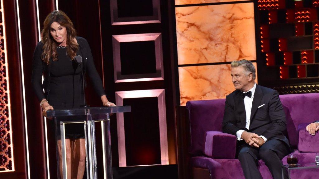Caitlyn Jenner krijgt het ervan langs tijdens The Roast
