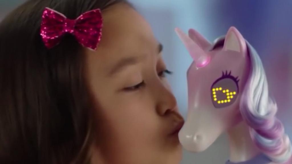 Minister van Engelshoven wil genderneutraal speelgoed