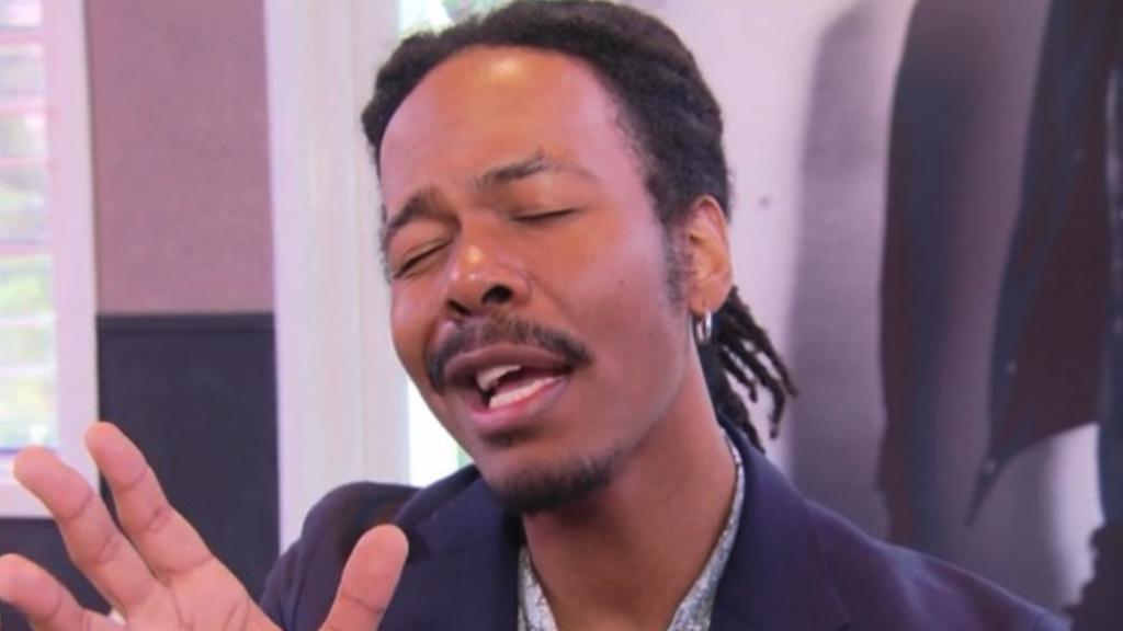 Jeangu Macrooy doet live-versie van zijn songfestivallied Grow