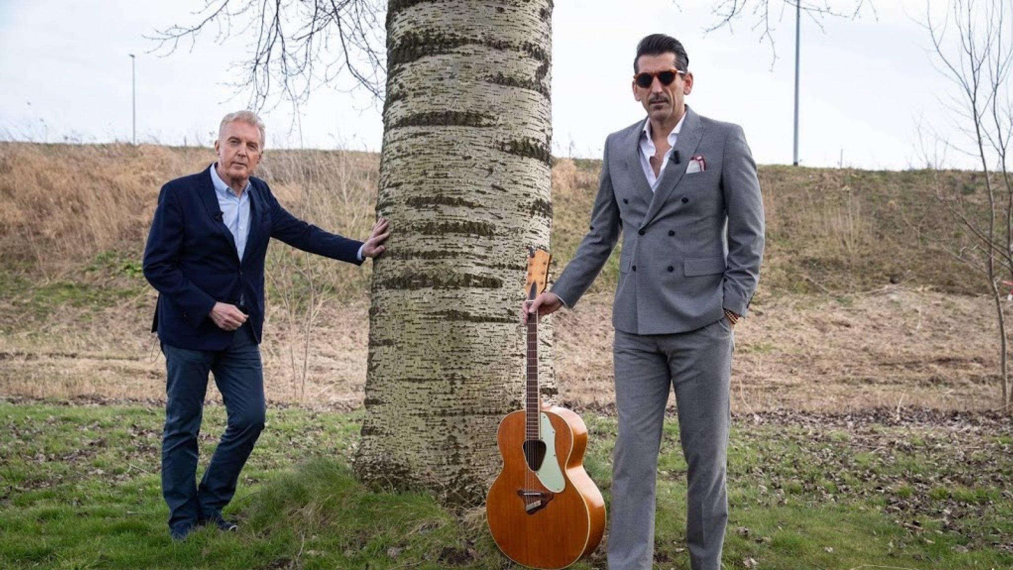 André van Duin kan niet aan Martin denken tijdens optreden - RTL Boulevard