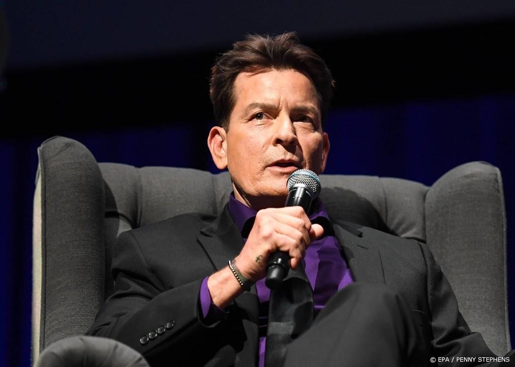 Charlie Sheen nog altijd rouwig over ontslag Two and a Half Men - RTL Boulevard
