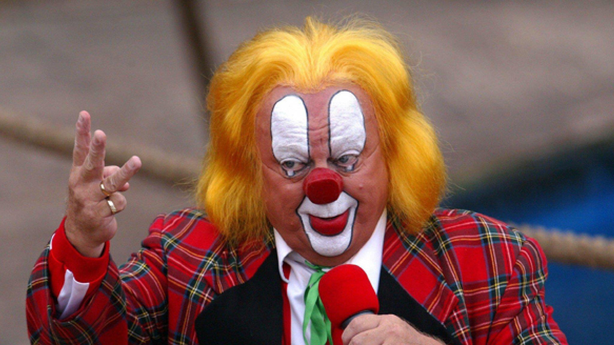 Clown Bassie Mag Revalidatiecentrum Weer Verlaten Rtl