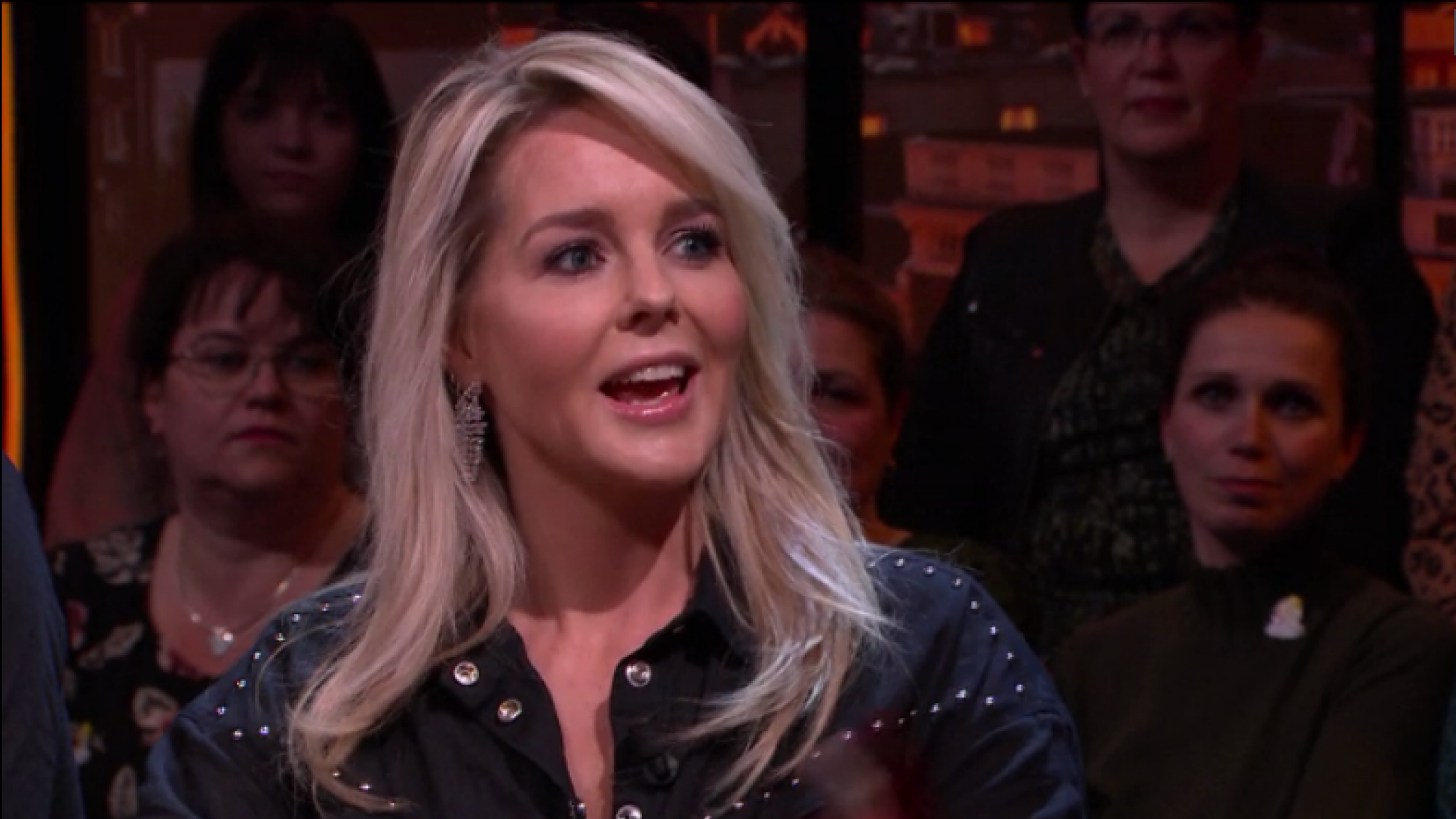 Chantal Janzen hint op einde van Chantal's Pyjama Party - RTL Boulevard