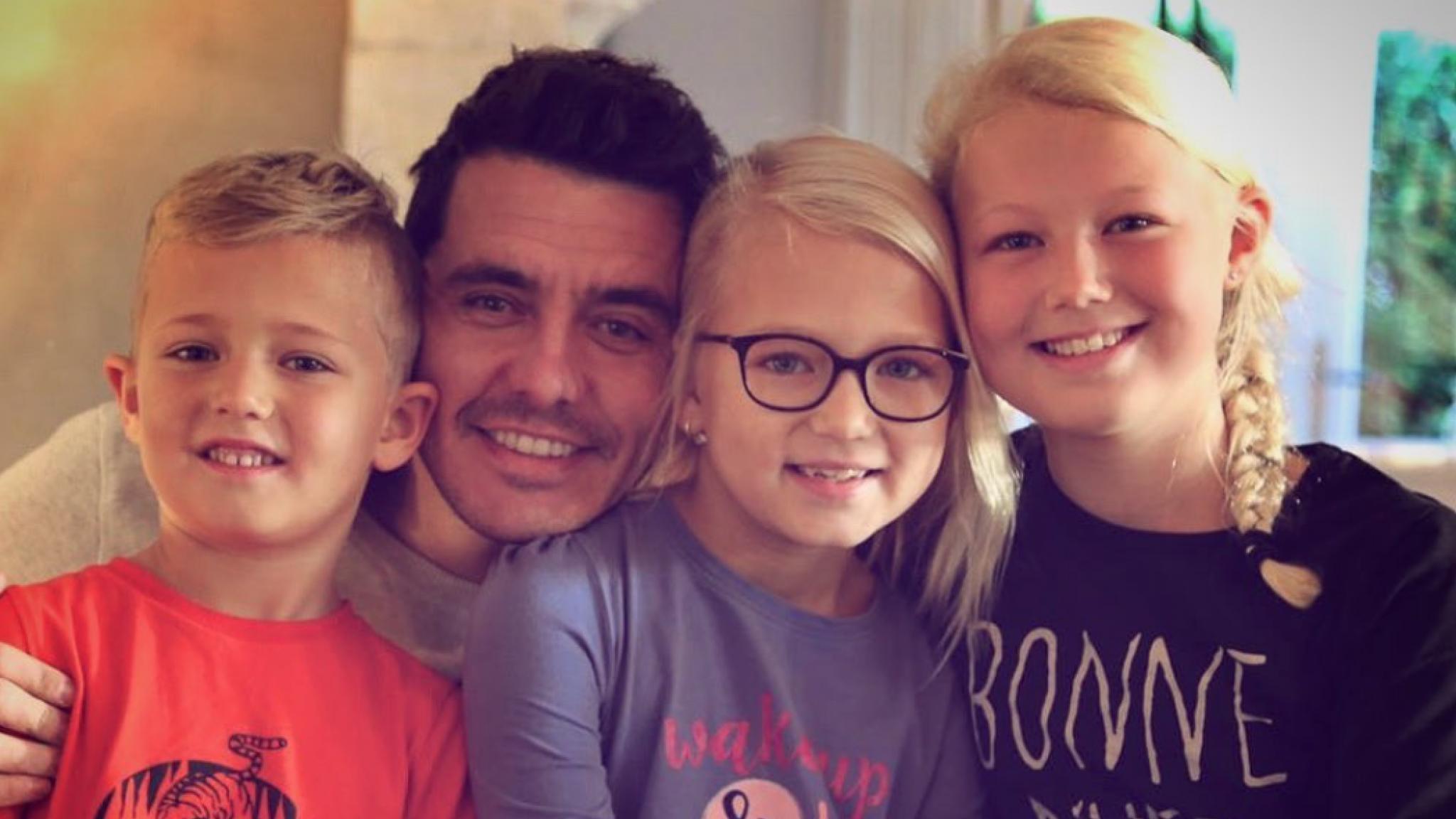 Jan Smit viert negende verjaardag dochtertje Emma - RTL Boulevard